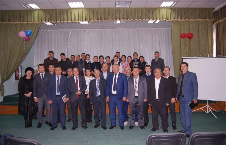 Training seminars were organized for the participants of the Nukus branch's professional development course in January to share their international experience.
