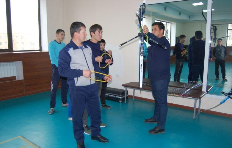Nukus branch organized a training workshop on archery among the participants of the January training course.